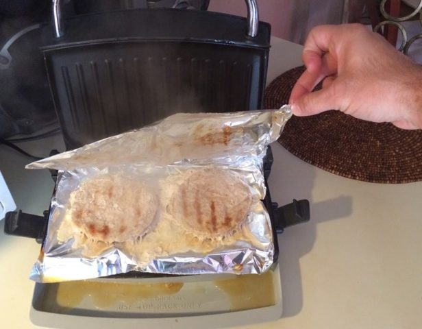How long to cook a turkey burger on a foreman grill — photo 1