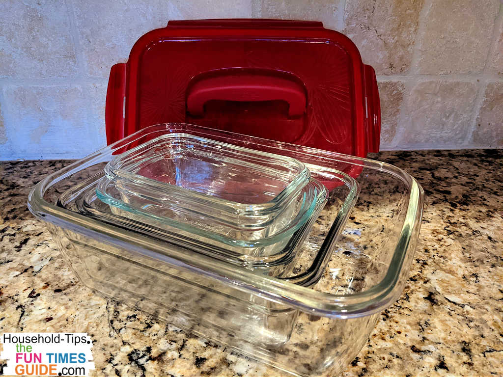 This is my 2nd favorite set of glass food storage containers - made by Lock & Lock.