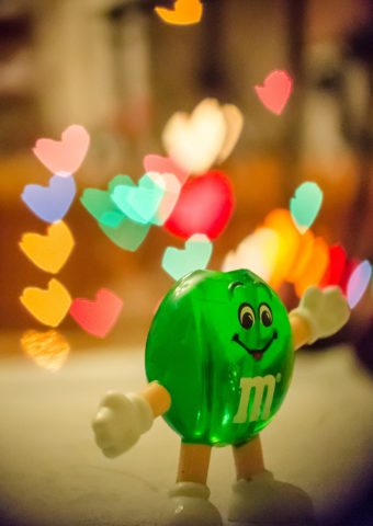 green-mms-candy-hearts