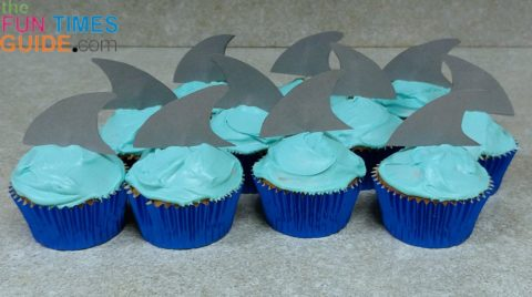homemade shark fin cupcakes