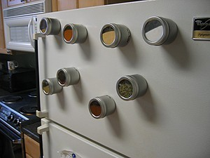 magnetic-spice-rack-by-Ross-Catrow.jpg