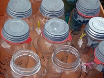 old-mason-jars-for-sale-by-ladyheart.jpg